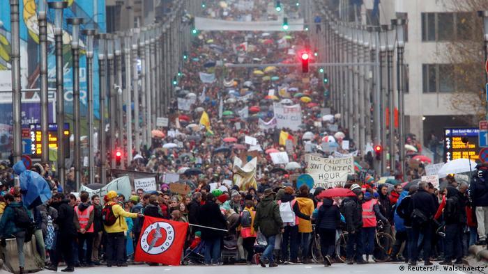 За даними поліції, на марш вийшли 65 тисяч людей