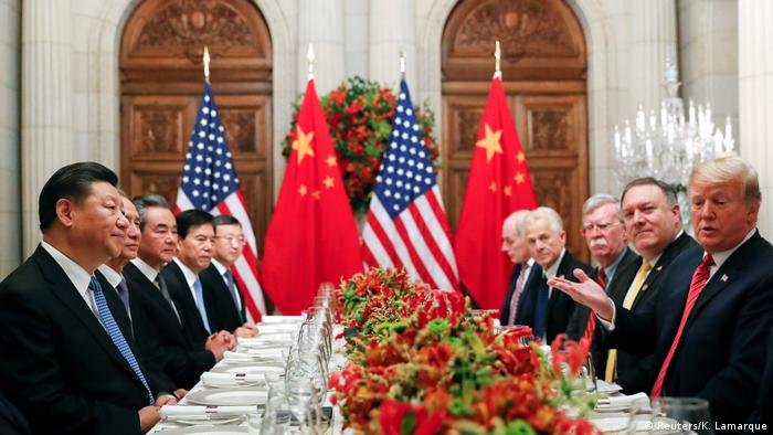 Washington and Beijing have imposed hundreds of billions of dollars in tariffs on each others' goods. Trump threatens to increase tariffs on $200 billion (€176 billion) of Chinese goods to 25 percent, from 10 percent now, adding that another $267 billion of imports could be hit