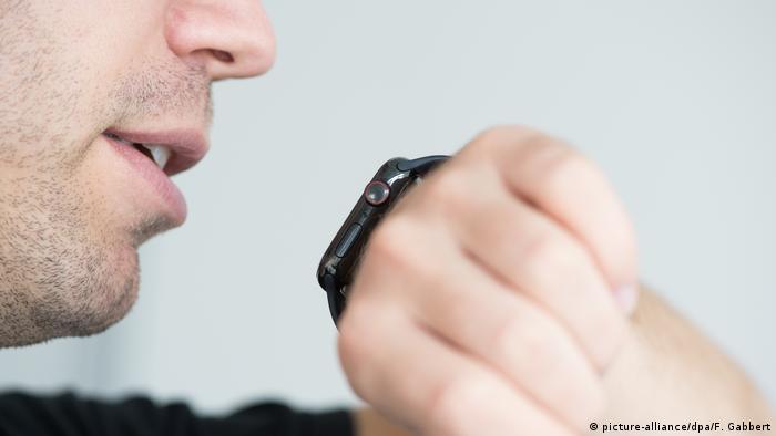 Sprachassistent Siri bei der Apple Watch Series 4