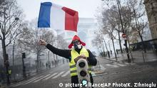 Frankreich Gelbwesten-Protest in Paris (picture-alliance/AP Photo/K. Zihnioglu)