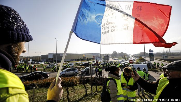 Frankreich Gelbwesten-Protest in Molsheim (picture-alliance/AP Photo/J.F. Badias)