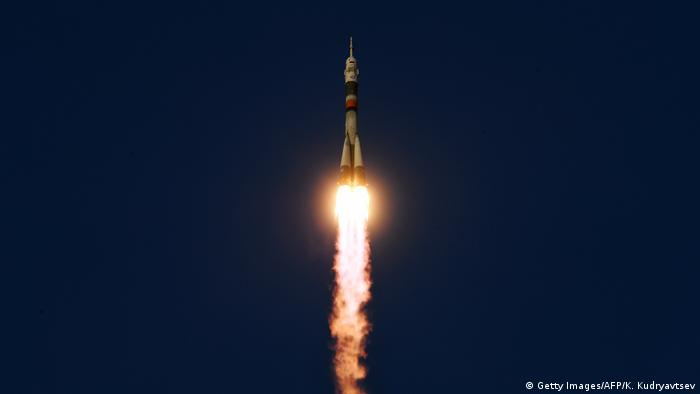 Soyuz spacecraft shortly after lift-off (Getty Images/AFP/K. Kudryavtsev)