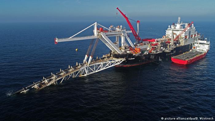 Deutschland Nord Stream 2 vor der Insel Rügen