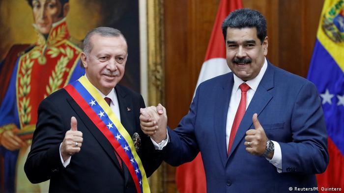 Venezuela Erdogan bei Maduro (Reuters/M. Quintero)