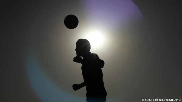 Afghanische Fussballerin Auch Minderjahrige Jungen Wurden