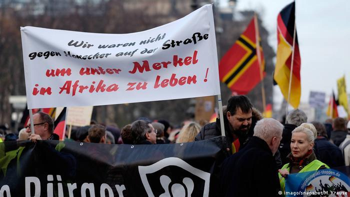 TAZ: Europejska prawica zwalcza pakt migracyjny ONZ