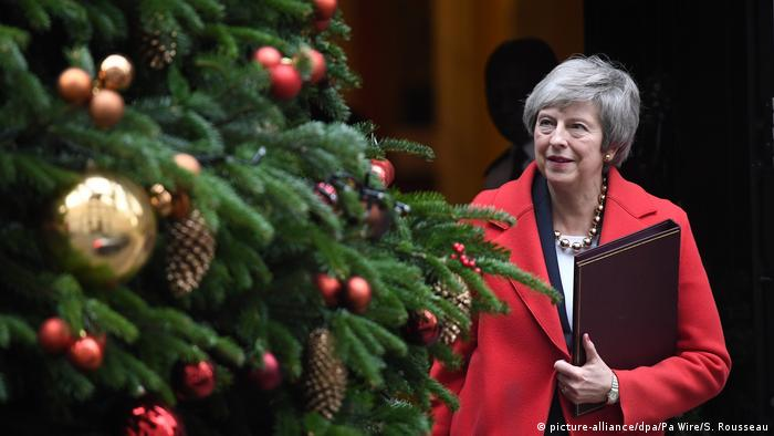 Großbritannien | Theresa May (picture-alliance/dpa/Pa Wire/S. Rousseau)