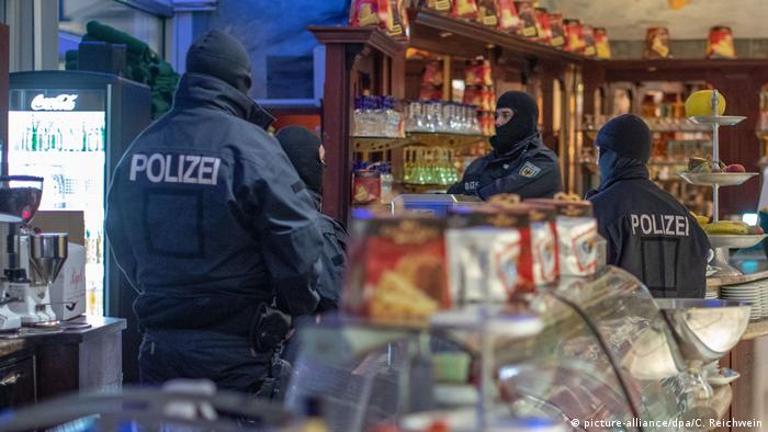 Raids on organized crime in Germany