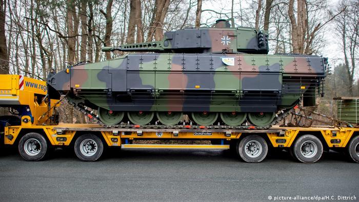 Deutschland Waffenproduktion & Waffenexport | Rheinmetall Defence (picture-alliance/dpa/H.C. Dittrich)