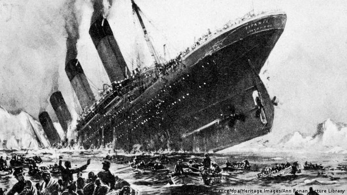 An artist's impression of the Titanic going down