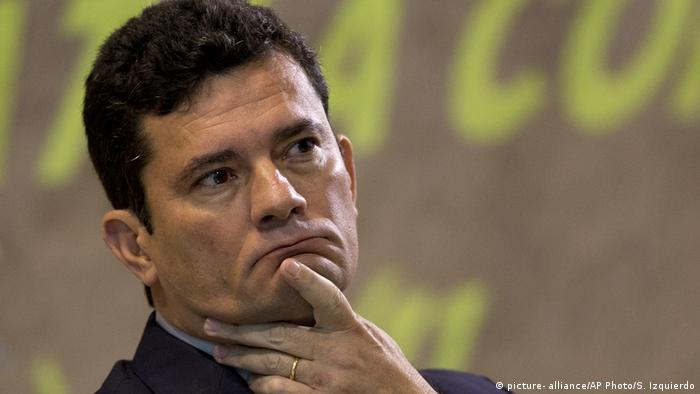 Brasilien Sergio Moro (picture- alliance/AP Photo/S. Izquierdo)