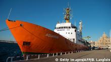 Frankreich 2016 Rettungsboot Aquarius im Hafen von Marseille