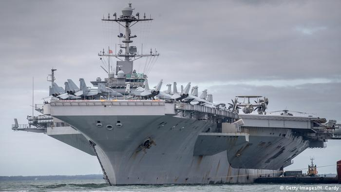US-Armee Flugzeugträger USS Harry S. Truman in Portsmouth, England (Getty Images/M. Cardy)