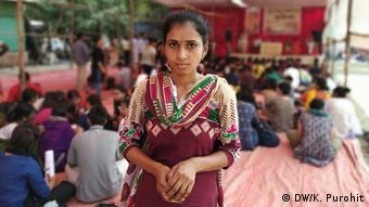 Indien - Weibliche Landwirte: Vijayshree Bhagat's Mann nahm sich 2012 das Leben (DW/K. Purohit)
