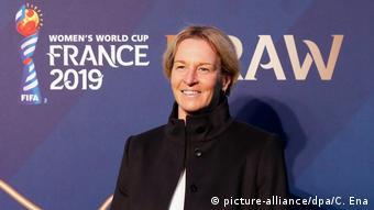 Auslosung Fußball-WM der Frauen in Frankreich Martina Voss-Tecklenburg