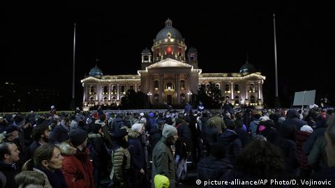 Serbien Proteste in Belgrad