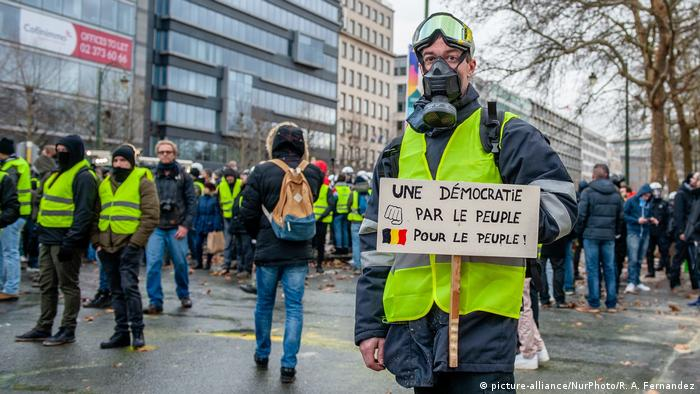 Belgian Yellow Vests Demonstration (picture-alliance/NurPhoto/R. A. Fernandez)