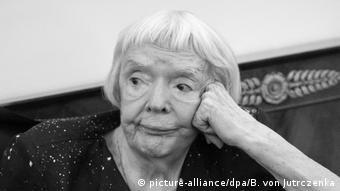 Людмила Алексеева (фото из архива)