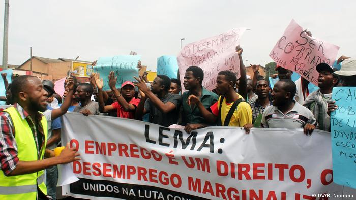 Angola Junge Arbeitslose protestieren