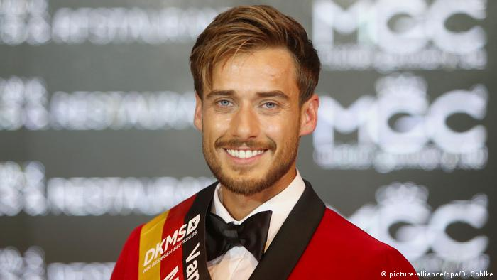 Sasha Sasse is crowned Mister Germany 2019 (picture-alliance/dpa/D. Gohlke)