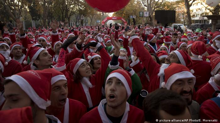 Runners heeded the call to impersonate Santa, with most of them wearing some iteration of the famous Christmas costume.