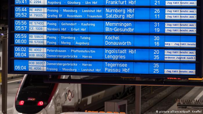 Display saying trains cancelled