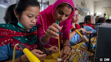 DW Made in Germany - Solarmamas Barefoot College Indien