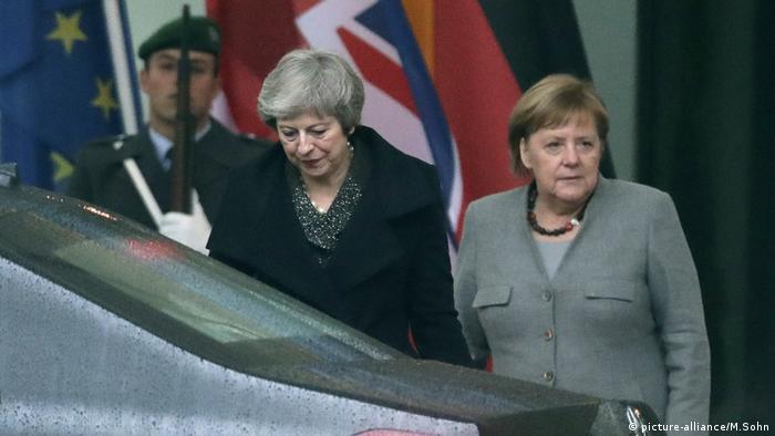 Brexit und Deutschland - Theresa May und Angela Merkel (picture-alliance/M.Sohn)