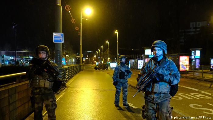 Військовий патруль у Страсбурзі після стрілянини на різдвяному ринку