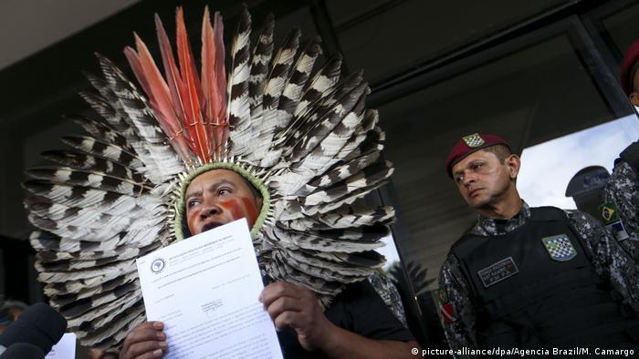 Brasilien: Indigene Völker adressieren Protestschreiben an Bolsonaro