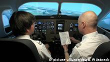 Neue Flugzeuge und Flugsimulatoren in Laage