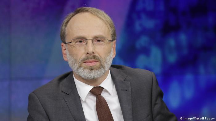 ZDF-Talkshow Maybrit Illner   Correctiv-Chefredakteur Oliver Schröm
