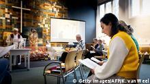 Niederlande Den Haag Gottesdient Asylbewerber