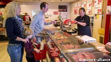 जर्मनी में ज्यादातर लोगों के लिए रोजमर्रा के खानपान का अहम हिस्सा है मीट.