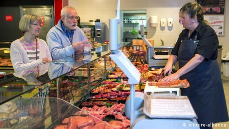 Γερμανία: Έκλεισε το 30% των κρεοπωλείων και αρτοποιείων