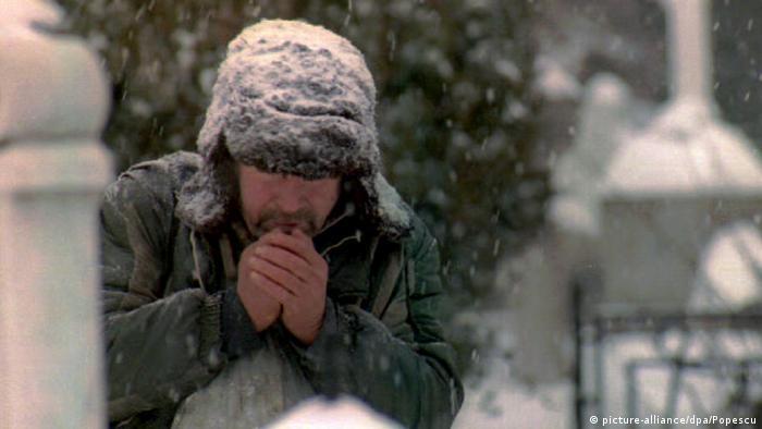 Arktische Kälte in Rumänien -20 Obdachlose erfroren (picture-alliance/dpa/Popescu)