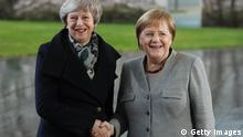 Berlin, Theresa May und Angela Merkel