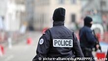 French police conducting a manhunt in Strasbourg (picture-alliance/dpa/MAXPPP/J.-M. Loos)