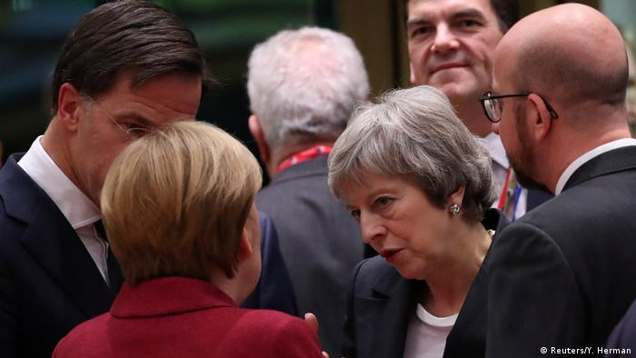 Brüssel EU-Gipfel zu Brexit | Angela Merkel & Theresa May (Reuters/Y. Herman)