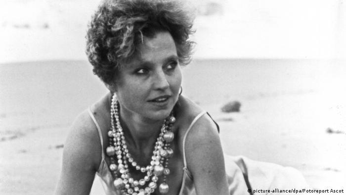 El film Historia de Piera, de Marco Ferrinis, la muestra en el cénit de su arte interpretativo. Descolla en el rol de una madre ávida de experiencias, que se implica en diversas aventuras amorosas y destruye así a su familia. Por ese papel, fue premiada en 1983 en el Festival de Cannes como Mejor Actriz.