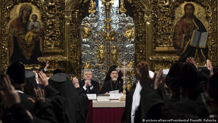 Петро Порошенко на об'єднавчому соборі у Києві