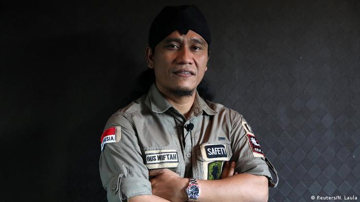 Indonesien muslimischer Prediger Gus Miftah im Nachtklub (Reuters/N. Laula)