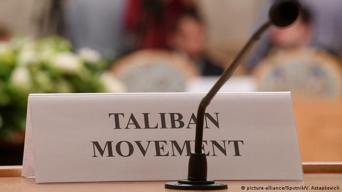 A placard for the Taliban at Afghan peace talks in Moscow, 2018 (picture-alliance/Sputnik/V. Astapkovich)