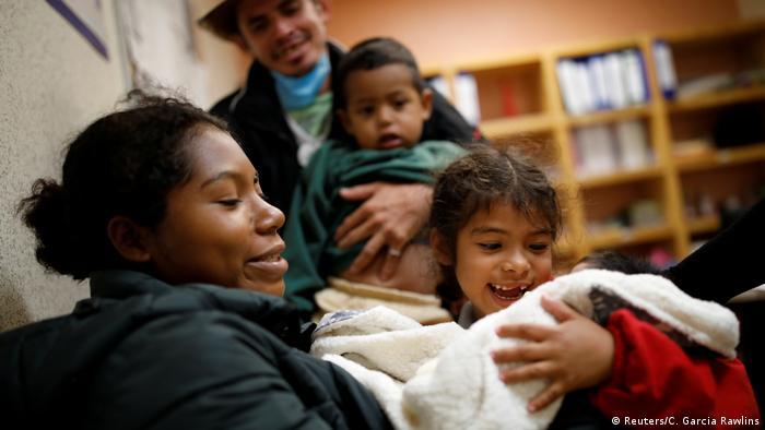 Mexiko Migrantin Erly Marcial, Geburt eines Babys während der Flucht (Reuters/C. Garcia Rawlins)