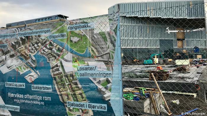 Mapa do novo centro de Oslo, Noruega, com a nova Biblioteca Central no fundo