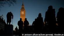 London Elizabeth Tower sunset (picture-alliance/Zumapress/J. Goodman)