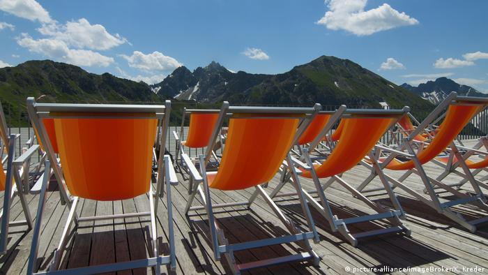 Deck chairs with alpine view on the Kanzelwand in Austria