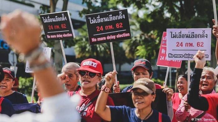 Thailand Red Shirt Demonstranten in Pattaya