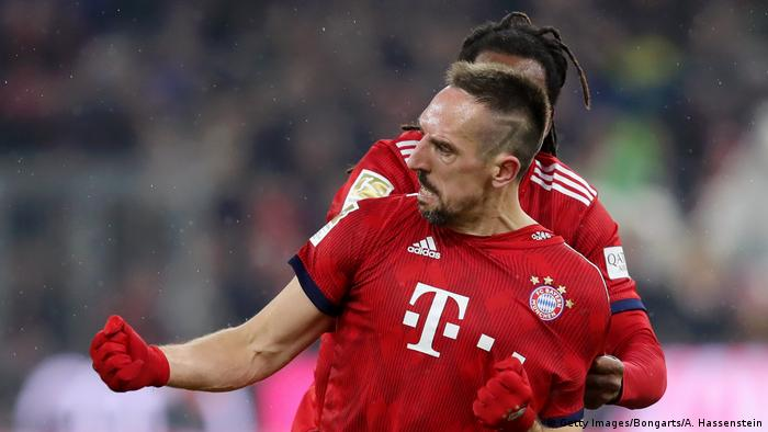 Bayern Munich beat RB Leipzig to close gap on Borussia