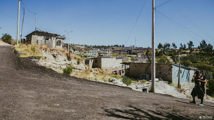 La ONG latinoamericana TECHO busca visibilizar la pobreza y la desigualdad de los asentamientos informales de América Latina.